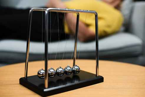 silver newton s balance ball
